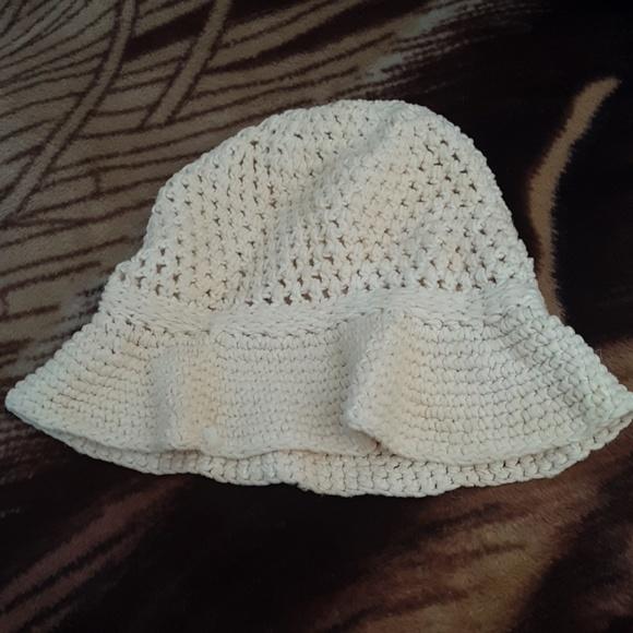 Vintage Accessories - Vintage 1960s white floppy sun hat